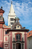 The Saint George's Basilica in the Castle area of Prague — Stockfoto