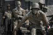 Insurgents Memorial to Polish fighters of Warsaw — Stockfoto