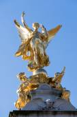 Victoria Memorial outside Buckingham Palace — Stock Photo