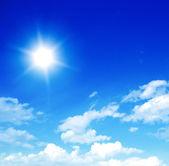 Blue sky with sun — Stock Photo