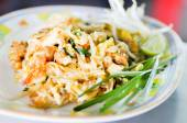 Stir fried nooddles with shirmps — Stock Photo