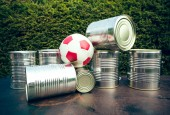 Shooting cans — Stock Photo
