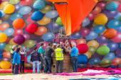 Barneveld, Países Baixos - 28 de agosto: ar colorido balões ta — Fotografia Stock