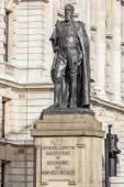 Statue of the Duke of Devonshire — Stock Photo