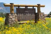 Entering sign Flagstaff — Stock Photo