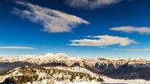 Morning on the ski slope — Stock Photo