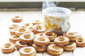 Bread-rings with a cup of tea — Stock Photo