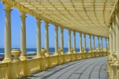 Vintage colonnade — Stock Photo