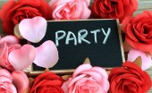 Party sign, with flowers in background — Foto Stock