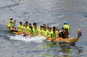 Dragon boat race at Chai Wan bay, Hong Kong — Stock Photo