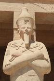 Pharaoh sculpture of Hatshepsut Temple — Stock Photo