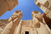 Mortuary temple of Queen Hapshepsut of Luxor — Stock Photo