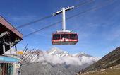 Cable car to Matterhorn mountain, Switzerland — Stock Photo