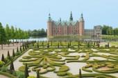 Danish palace and garden — Stock Photo