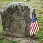 Постер, плакат: Revolutionary War Hero Grave Site