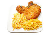 Crispy Porkchop with Mac & Cheese and Corn — Stock Photo