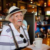 Anciano — Foto de Stock