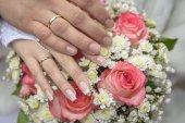 Hands rings — 图库照片