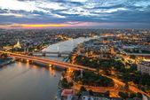 View of Bangkok city along Chao phraya River — Stock Photo