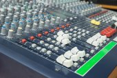 Audio mixer mixing board fader and knobs. Selective focus — Stock Photo