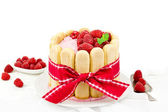 "Cake ""Charlotte Russe"" with raspberries and cream, selective focus — Stock Photo"