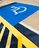 Disabled parking sign . — Stock Photo