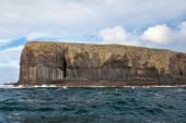 Basalt columns on Isle of Staffa — Stock Photo