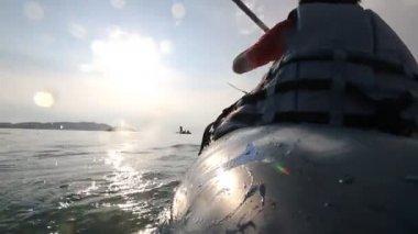 独木舟,皮划艇在湖中 — 图库视频影像