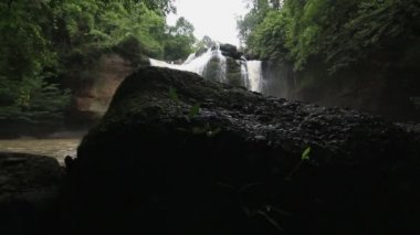 Waterfall set collection montage, Haew Su Wat Waterfall tropical forest, Khao Yai National park, Thailand. — Stock Video