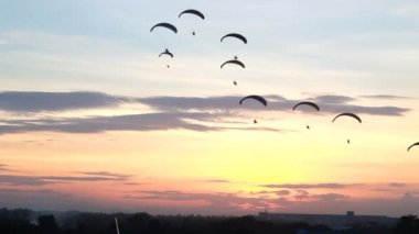 Set collection montage, Group of parachute or paramotor fly in sunset, sport activity, high definition clip, Thailand. — Stock Video