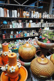 Pottery products in shop. — Stock Photo