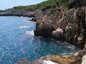 Rocks and the sea — Stock Photo