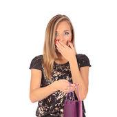 Mladá hezká žena stojící s barevnými nákupní tašky — Stock fotografie