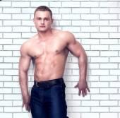 Muscular man posing. — Stock Photo