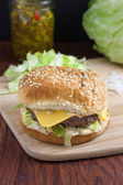Cheeseburger on countertop — Stock Photo