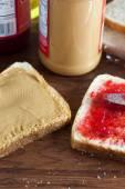 花生酱和果冻三明治 — 图库照片