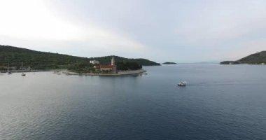 Drone scene of a peninsula of the Dalmatian coast. — Stock Video