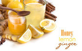 Honey, lemon and ginger tonic — Stock Photo