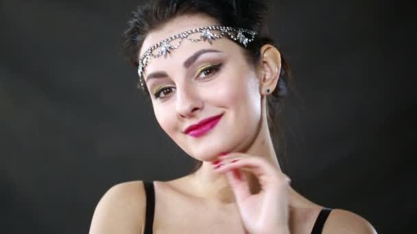 Красивые ретро девушки видео фото 579-765