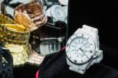 Watches women, compared to other hours — Stock Photo