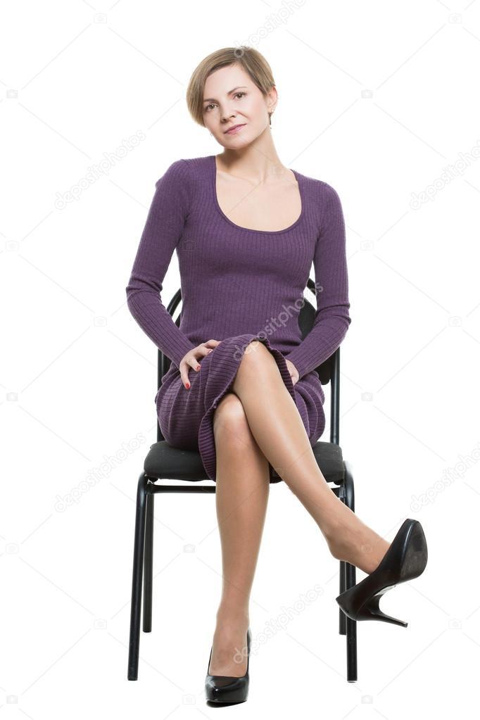 Femme Assise Une Chaise Poser Montrant Le D 233 Sir Sexuel
