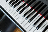 Close-up van piano toetsen — Stockfoto