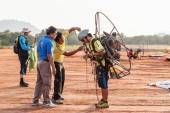 SEPTEMBER 16: unidentified competitor of the 4th Asian Beach Game Test Event for Paramotor on September 15, 2014 in Phuket,Thailand — Stock Photo