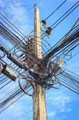 Cable connection on the electric pole — Stock Photo