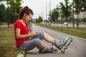 Girl using phone — Stock Photo