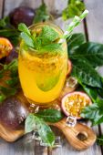 Passionfruit lemonade — Stock Photo