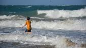 Boy and ocean — Foto Stock