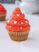 Cupcake with pink buttercream — Stock Photo