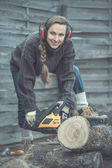 Woodworker with chainsaw — Foto de Stock