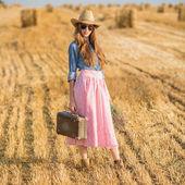 Romantic woman traveling — Stock Photo